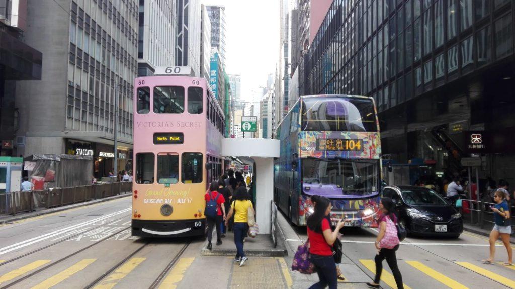 誰もが食べるべき、香港ミシュランレストランの最高級飲茶とB級グルメ